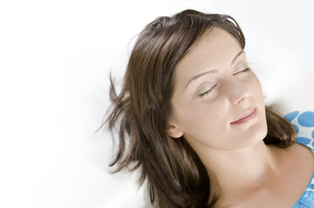 Sleep meditation helps you de-stress for quality sleep.